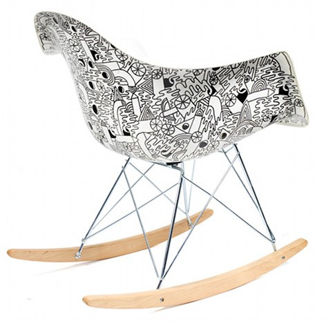 la chaise eames selon mike perry la cerise sur la d c. Black Bedroom Furniture Sets. Home Design Ideas