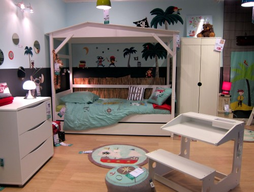 inspiration pour nos petits aventuriers la cerise sur la d c. Black Bedroom Furniture Sets. Home Design Ideas